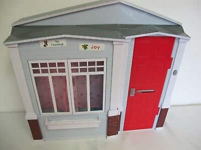 Barbie Totally Real Folding Doll House With Sounds Kitchen Bath Bedroom Doorbell