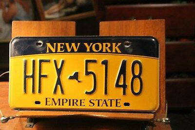 2010 New York Empire State License Plate HFX 5148