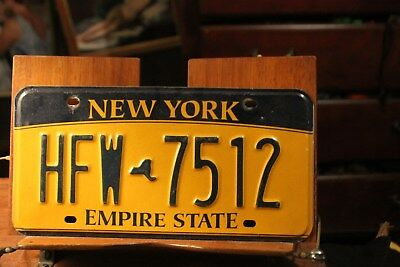 2010 New York Empire State License Plate HFW 7512