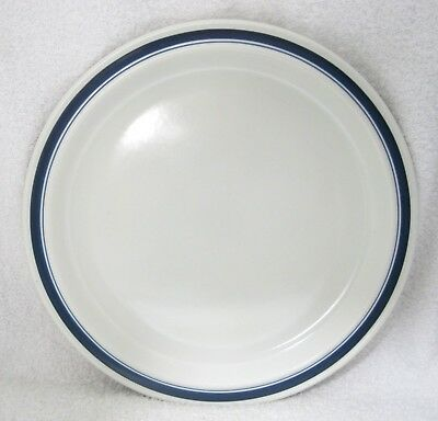 Biscay by Royal Doulton Dinner Plate Made In England 1972 - 1988 Lambethware