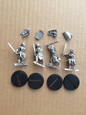 Uruk-hai Scouts (warriors scout swords) metal LOTR Lord of the Rings Warhammer