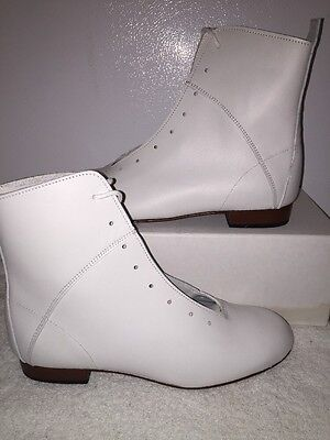 High Country, Size 6W WOMENS Clogging Tap Dance boots, Shoes, (no Taps) WHITE
