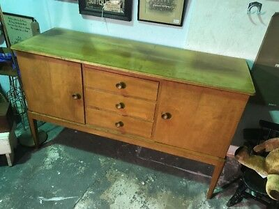 Mid Century Retro Vintage Gordon Russell of BROADWAY Walnut Sideboard Heals