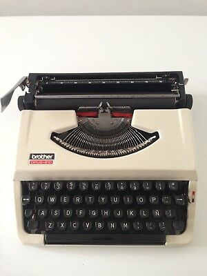 Typewriter Color White, Cover Black. Vintage 70´s. Made In Japan Used Very Good,