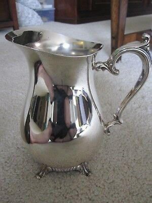 Vintage 817 Wm Rogers Silver Plated Footed Lipped Water Pitcher Flower Vase