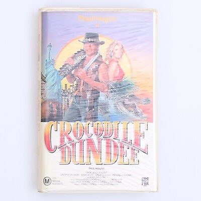 Crocodile Dundee (Paul Hogan) - Movie - VHS Cassette Tape (1987) [PAL] Hi-Fi