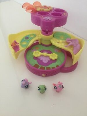 Littlest Pet Shop Teeniest Tinniest Butterfly Play Garden 3 Mini Pet Figures
