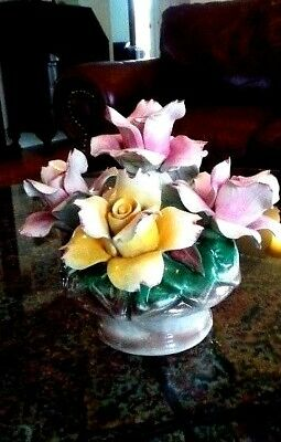 "Capodimonte - Beautiful Porcelain Roses Flower Arrangement Centerpiece 8.5"" x 8"""