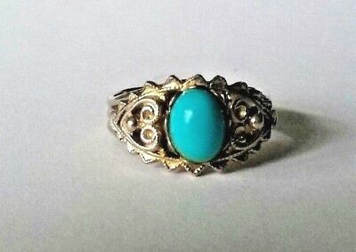 Vintage fashion ring silver toned with blue stone size 7 slightly adjustable