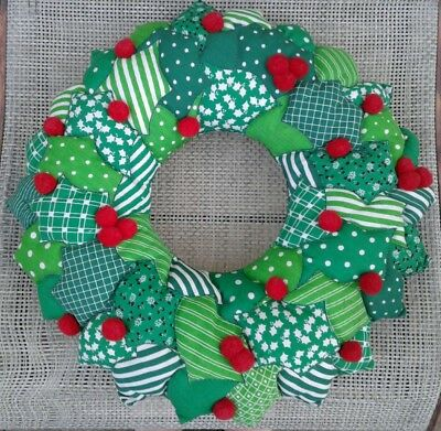 VTG Quilted Christmas Wreath handmade Fabric panel finished decoration retro EUC