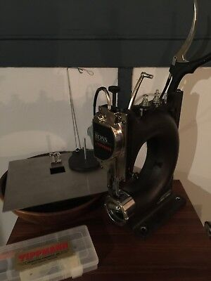 Tippmann Boss Leather Sewing Machine + Flat Bed Attachment