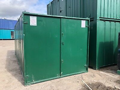 21 ft x 9 ft  Storage Container