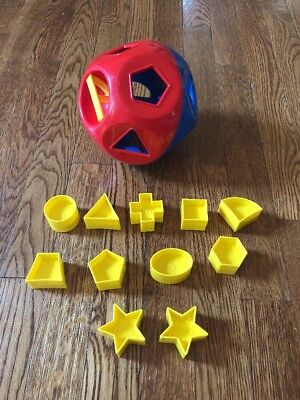 VINTAGE Tupperware Shape O Ball Child's Sorter Toy COMPLETE