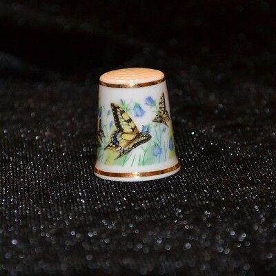 ROYAL SUTHERLAND Thimble Fine Bone China Made in England Swallowtails Butterfly