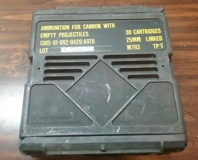 Linked M793 Tp-T 25Mm 30 Cartridges Ammunition For Cannon Empty Projectiles Box