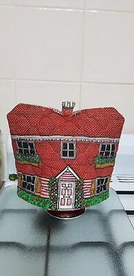 Tea Cosy -  Quilted English cottage 1930s