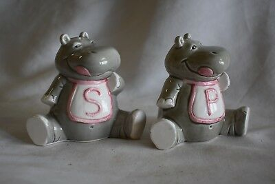 ADORABLE Baby Hippos in Bibs with Belly Buttons Ceramic Salt & Pepper Shakers
