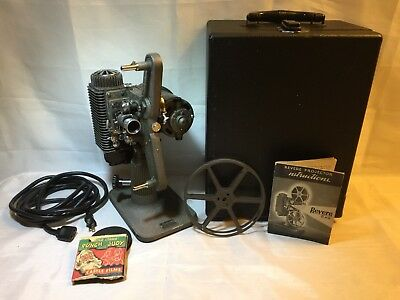 Vtg 1946 Revere Camera Co. Model 85 Projector Eight 8mm Film Reel Carry Case