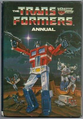 UK Transformers 1987 Annual  features Autobot and  Decepticon who's who guide