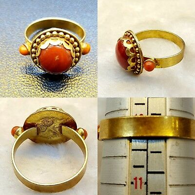 Beautiful Gold Gulied Ring With Coral Stone Vintage #U6