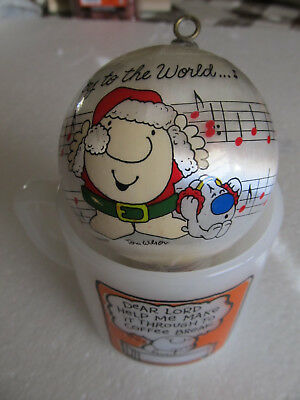 Ziggy coffee mug & Christmas ornament from the 80's. Clean and very nice.