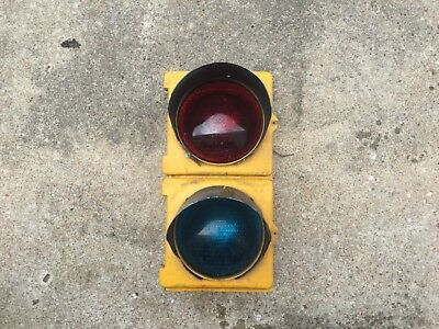 Crouse Hinds Traffic Signal Stop Light Red Green