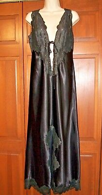 BLANCHE by ERIKA McGOWAN~LONG BLACK SATIN & LACE VINTAGE NEGLIGEE NIGHTGOWN~M/L~
