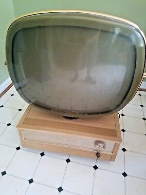 "Philco Predicta ""Holiday"" TV Blonde Finish 1958 For Restoration/Parts"