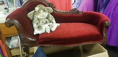 Mini Antique settee / fainting Couch