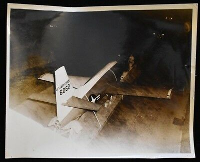 Vintage-WWII-US-Air-Force-Official-Photo