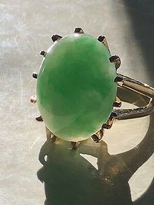 """Large Vintage Antique Chinese Bright Green Translucent """"A"""" Jade 14k Gold Ring"""