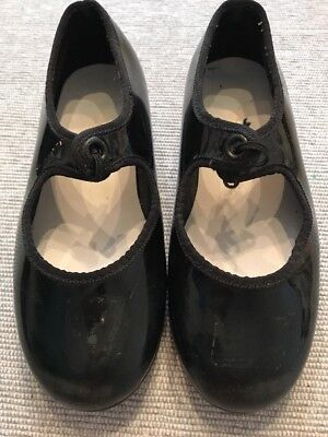 """Girls Tie Tap Shoes Black Patent 11. 7""""On Bottom"""
