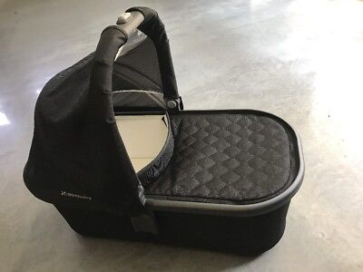 Uppababy Bassinet In Jake. Compatible With Cruz Stroller. NEW