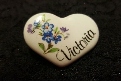 WOMENS VINTAGE Bronze Floral Heart BROOCH / PIN! LOVELY! VICTORIA!