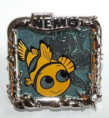 Disney Pin Trading Finding Nemo Stained Glass Frame Squirt Turtle Silver Sealife