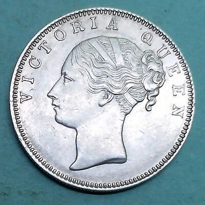 British India-Silver-Victoria Queen-Year 1840-One Rupee-Wt:-11.610 Gm.