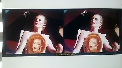 22 stereoscope views DAVID BOWIE on photo paper. 26 vues 3D.
