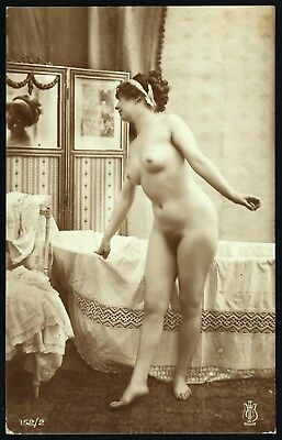 1910 Original French RPPC Nude Voluptuous Girl Beauty In Bathroom Jean Agelou