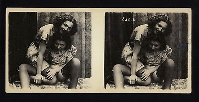 1910 Original French Stereoview Photo Nude Lesbian Girls Silk Lingerie Biederer
