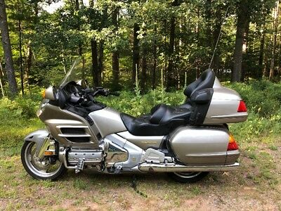 2002 Honda Gold Wing  2002 Honda Gold Wing - very low 17200 miles!