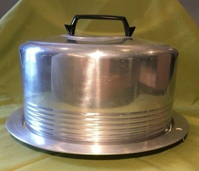Vintage Regal Quality Aluminum Cake Carrier With Locking Lid.