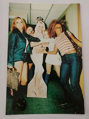 Spice Girl Collector Photo Postcard - #77 Spices take out pammy