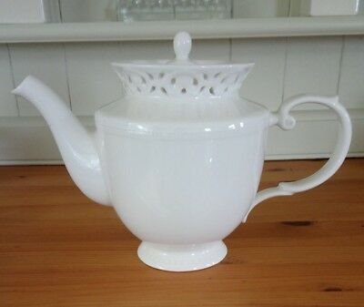 CREAMWARE Grace's Teaware Vintage Style Pierced Lacework China Teapot