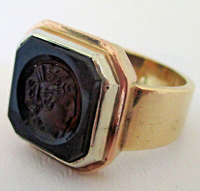 Antique 14K Yellow Gold Onyx Relief Greek Roman Face Ring Size 7.25 11.78 Grams
