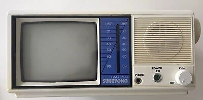 Vintage 1980s Mini Portable Tv