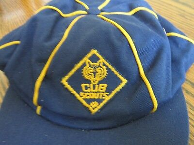 Vintage Official Boys Cub Scout hat size 7