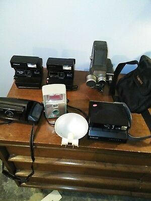 Lot of 6 cameras, 4 Polaroid Instant Cameras , 1 bell and Howell, 1 imperial