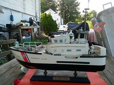 1:48 Scale Wood Coast Guard 47' Motor Lifeboat by encore creations