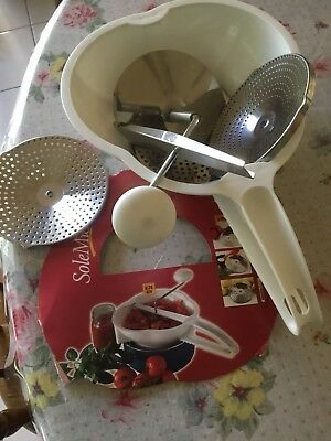 Tomato / Potato Crusher/mouli