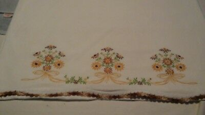 Vtg Single Pillowcase Hand Embroidered Brown & Yellow Daisies Hand Crochet Edge